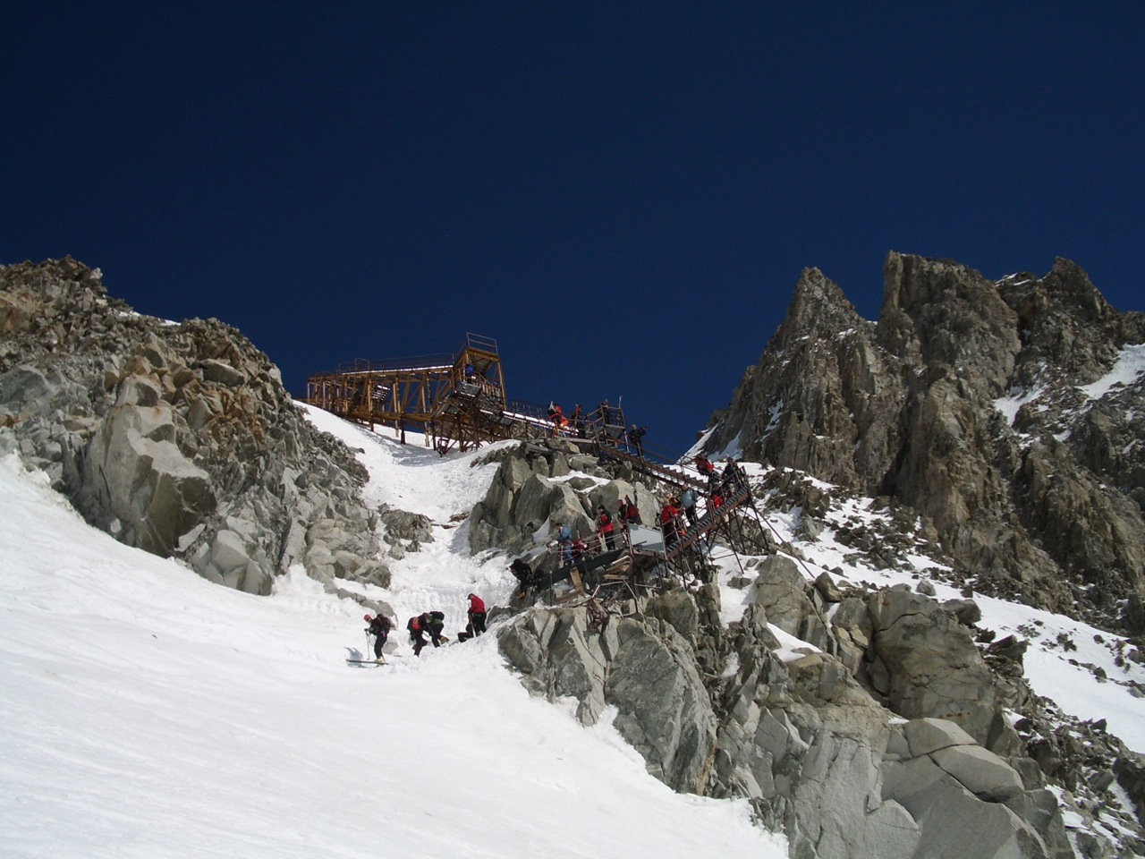 Image for article THE BEST MONT BLANC DESCENT – EVER?