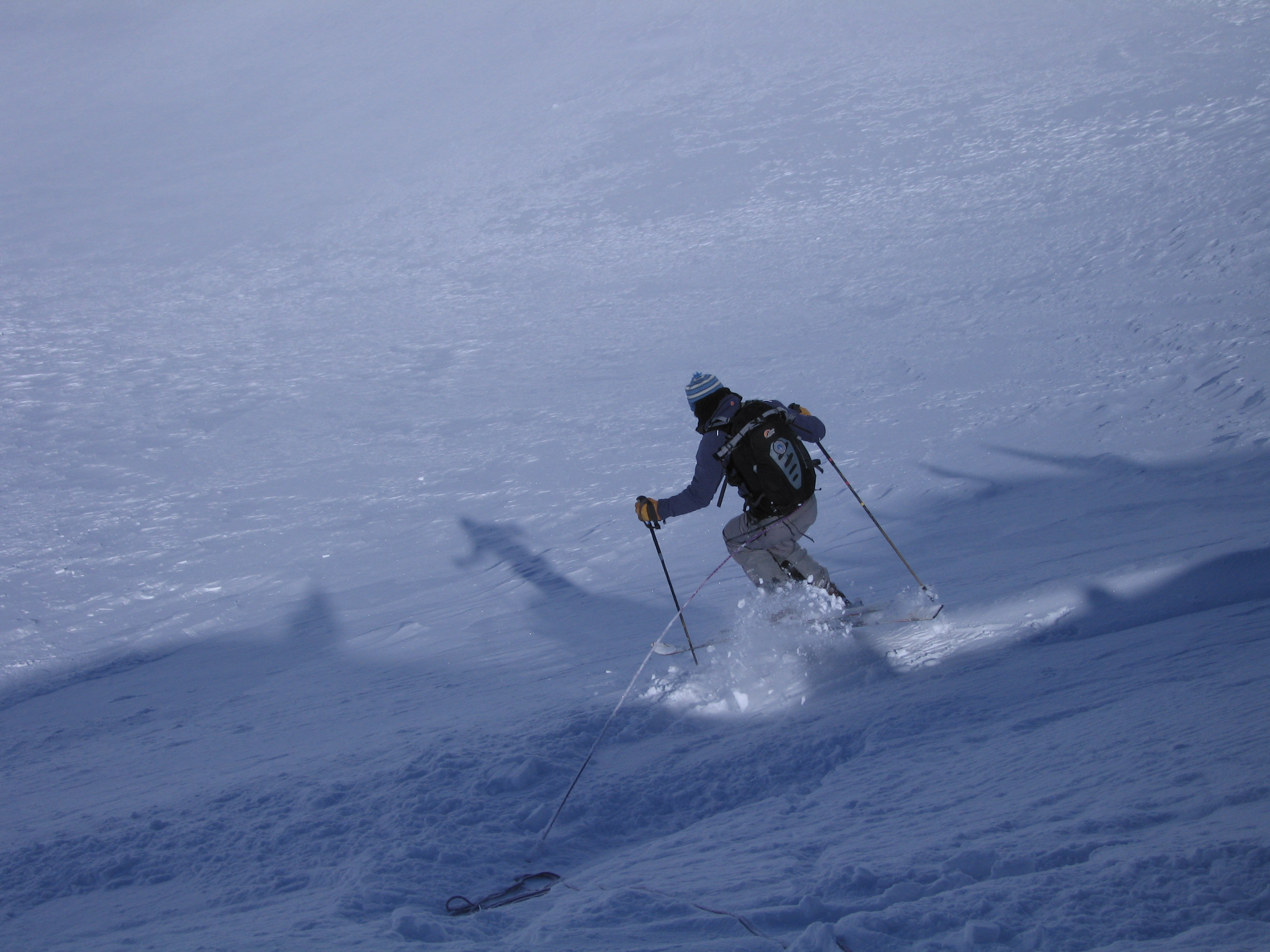 Image for article SKIING KNEES